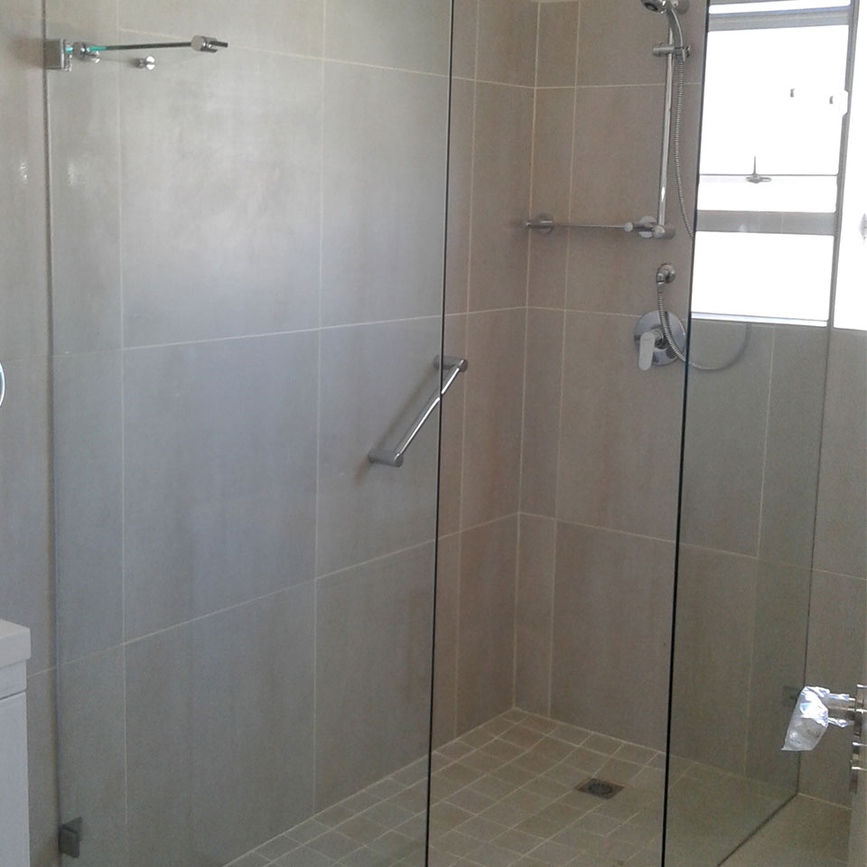 Frameless Safety Glass Shower Doors